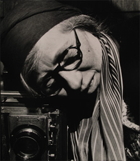 the life and career in photography of imogen cunningham Imogen cunningham (april 12, 1883 – june 24, 1976) was an american photographer known for her botanical photography, nudes, and industrial landscapes in 1901.