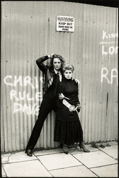 Jenny Runacre and Toyah Willcox 1977 ©Caroline Coon/Camera Press