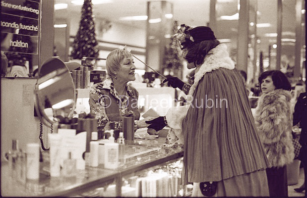 Rollerena Blesses Greta at Bloomingdales ©Darleen Rubin